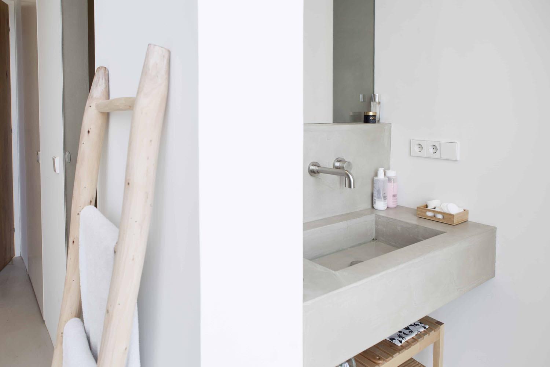 badkamer-en-suite-microcement