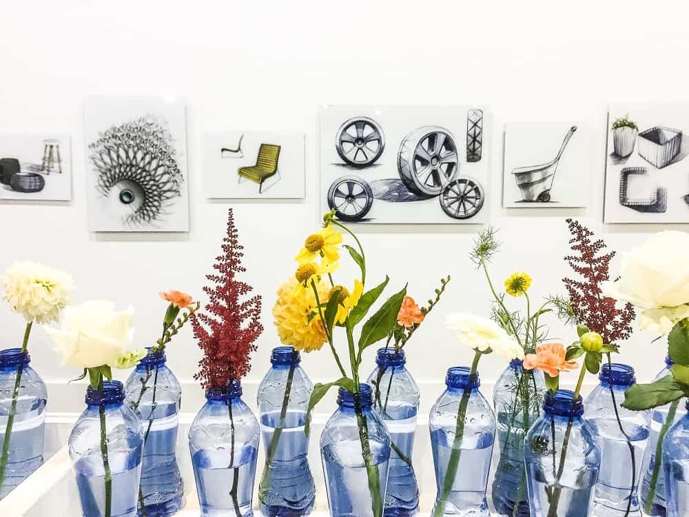 12-diy-vaas-petflessen-met-bloemen-beursstyling