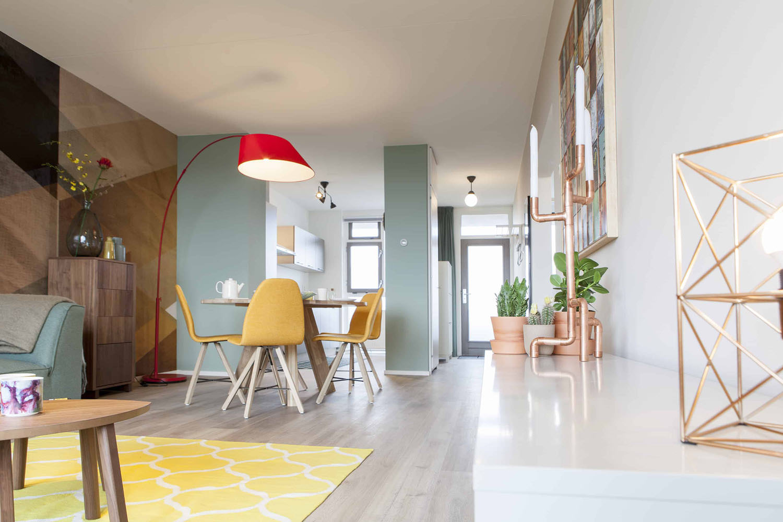 spoinq-design-stoelen-vastgoed-styling